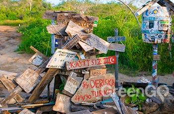 Post Office Bay - Galapagos