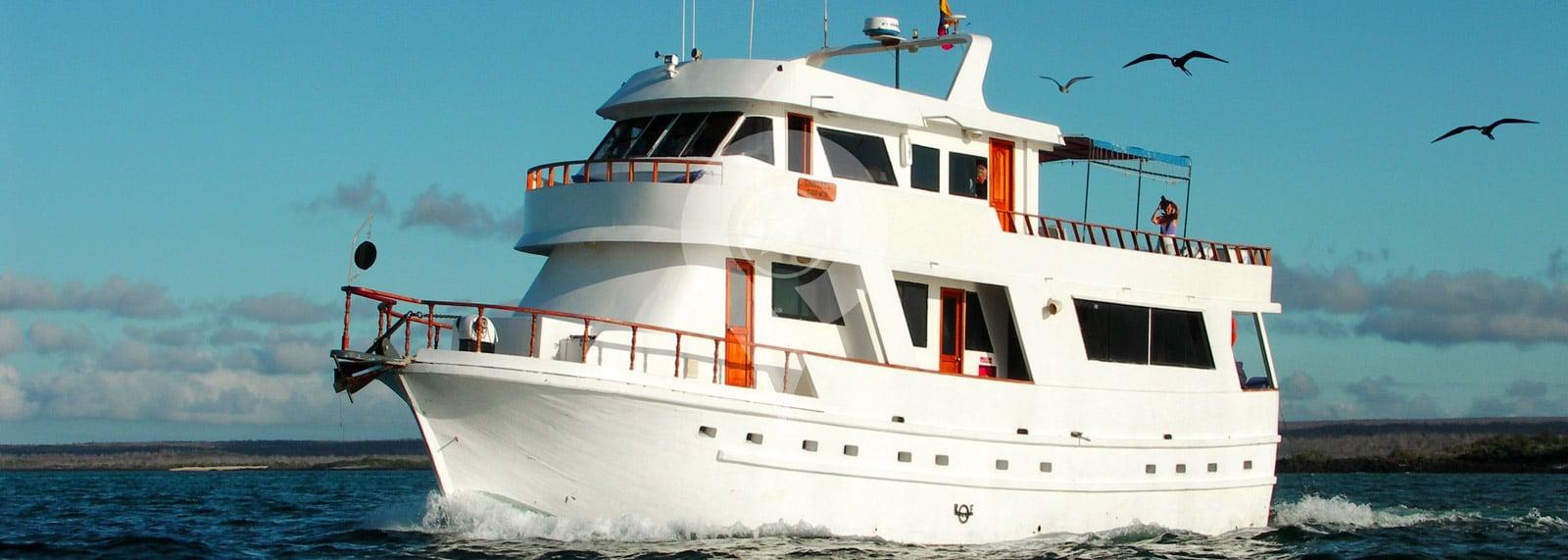 Darwin Galapagos Yacht