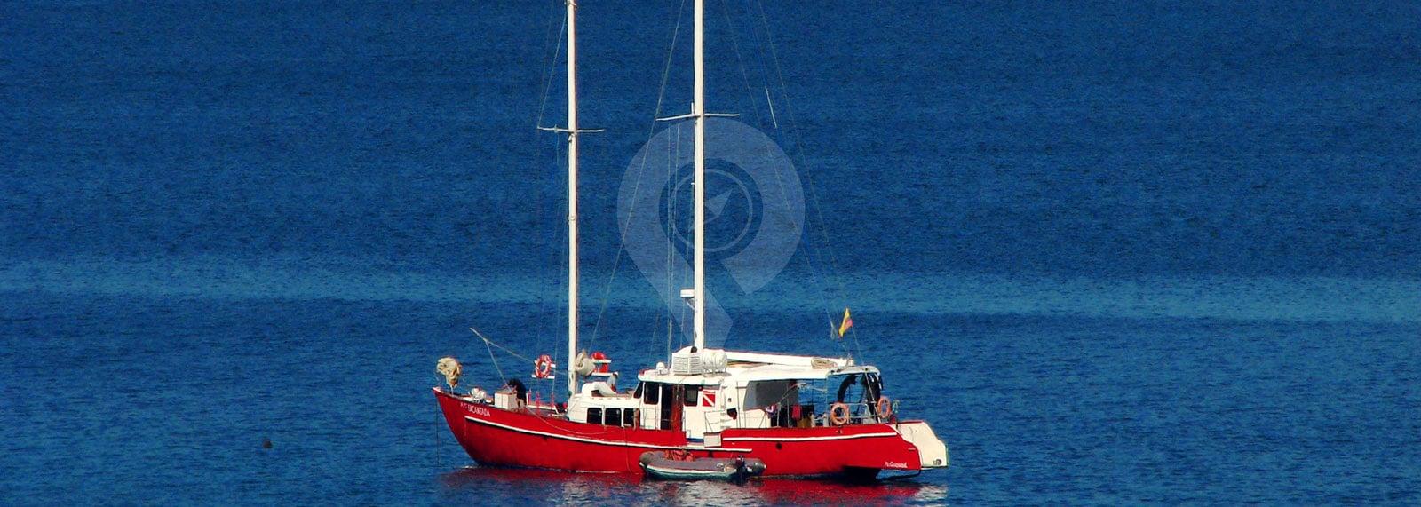 Encantada Galapagos Sailor