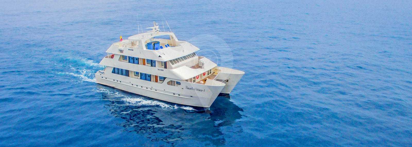 Treasure of Galapagos Catamaran
