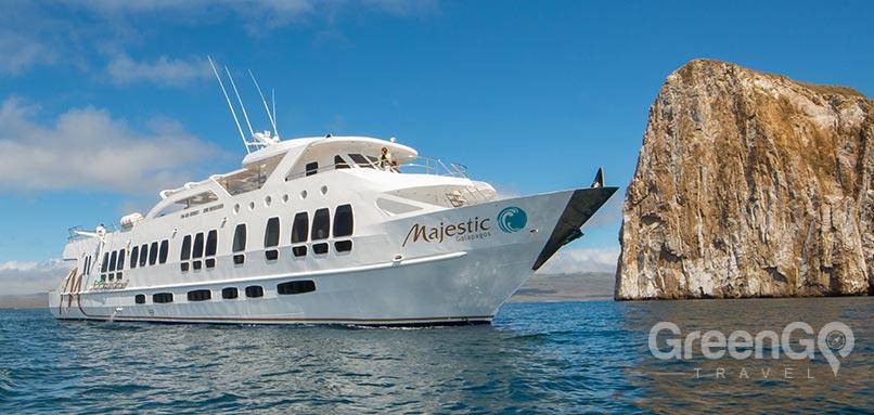 galapagos-vs-caribbean-Galapagos-yacht