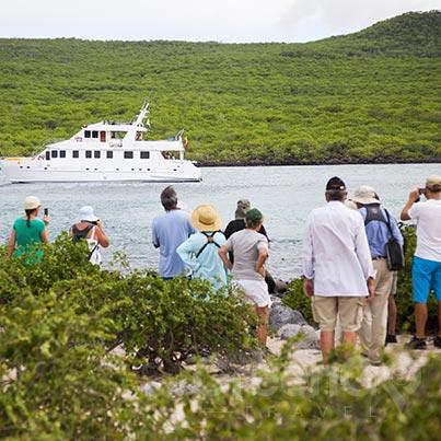 galapagos-vs-caribbean-exploring-Galapagos
