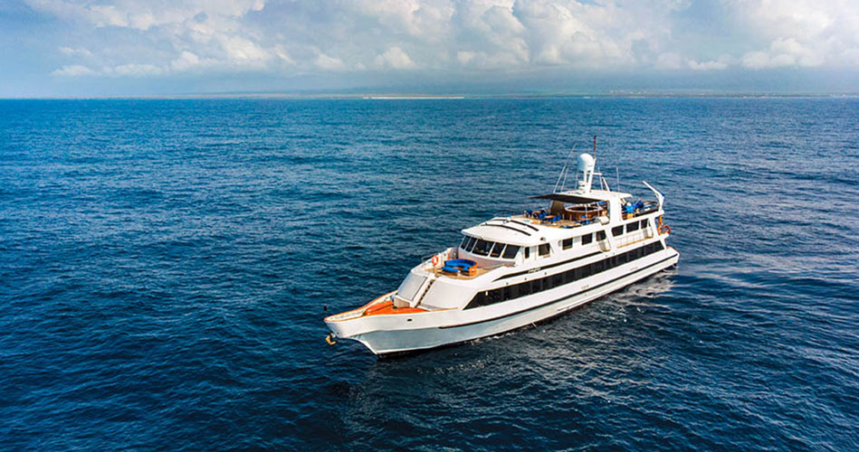 Integrity Galapagos Yacht - Features