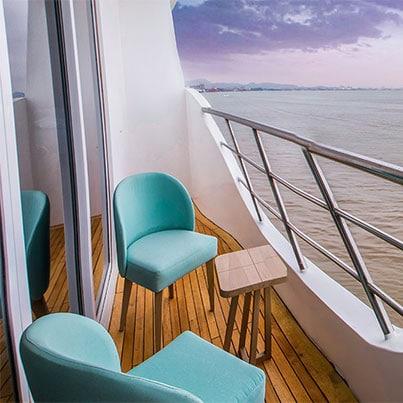 Endemic-Catamaran-specifications--Balcony