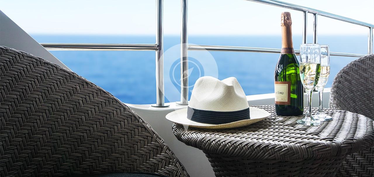 Infinity-Galapagos-Cruise-Itineraries-Balcony