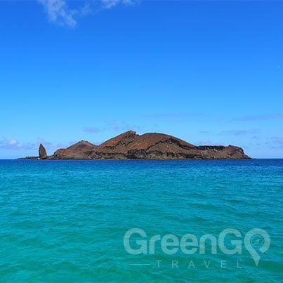 Infinity-Galapagos-Cruise-Itineraries-Genovesa