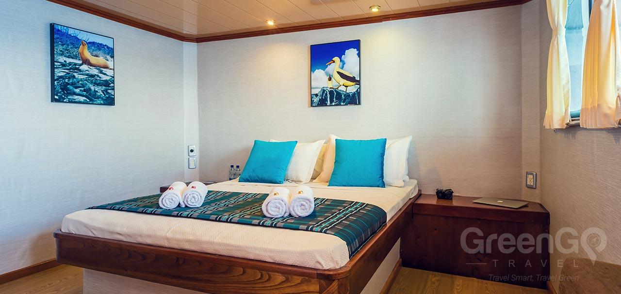 Seaman Journey Galapagos Catamaran Double Cabin