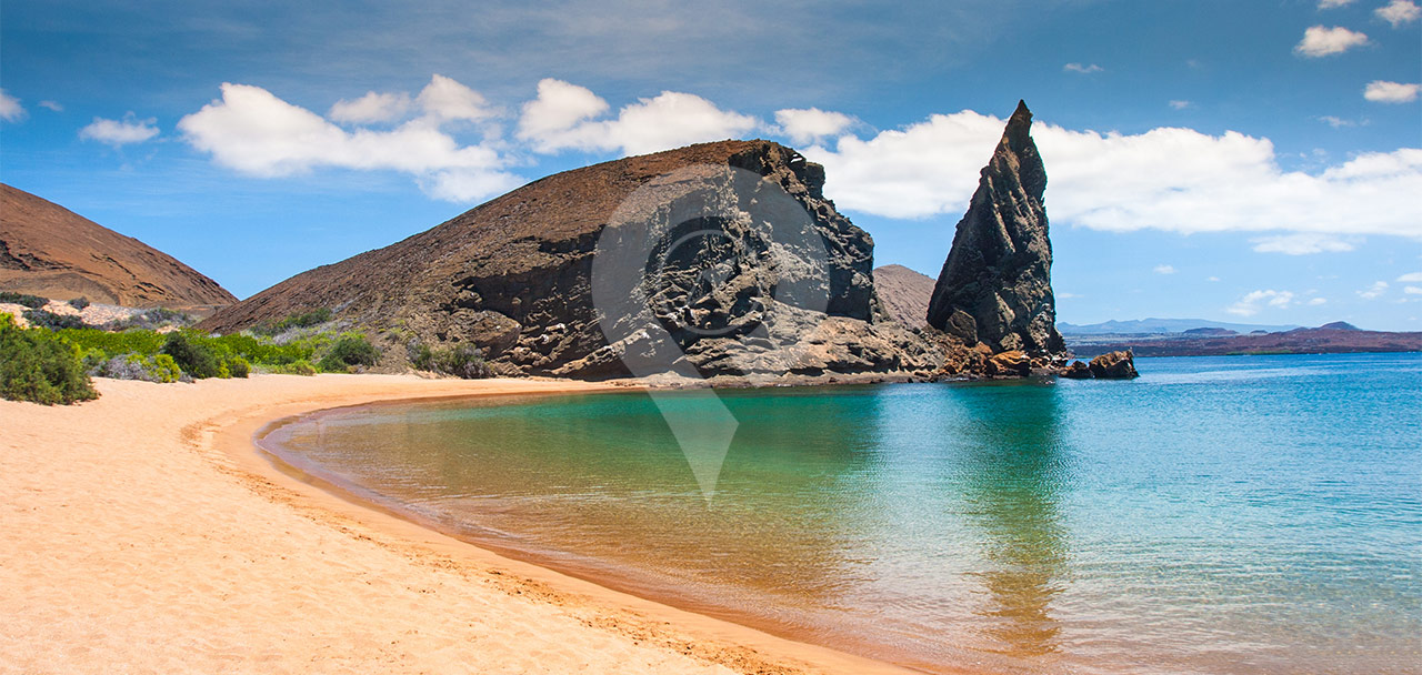 Tip-Top-V-Galapagos-Cruise-Highlights-Pinnacle-rock-on-bartolome