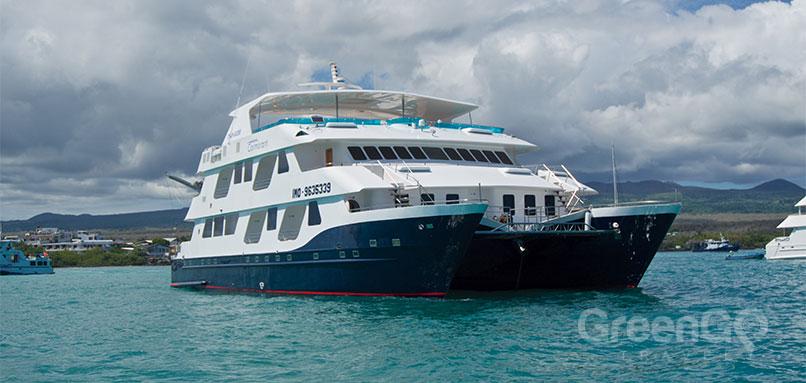 cormorant-galapagos-cruise-airfare-Cormorant-Front-view