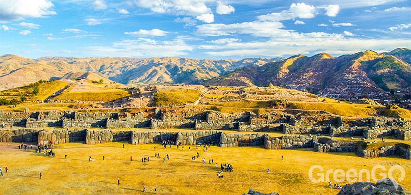 Cusco-in-three-days-Sacsayhuaman