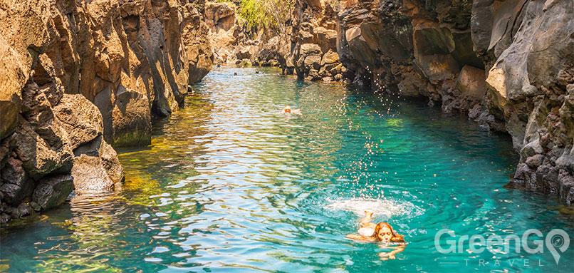 DIY-Galapagos-Travel-Guide-Las-Grietas